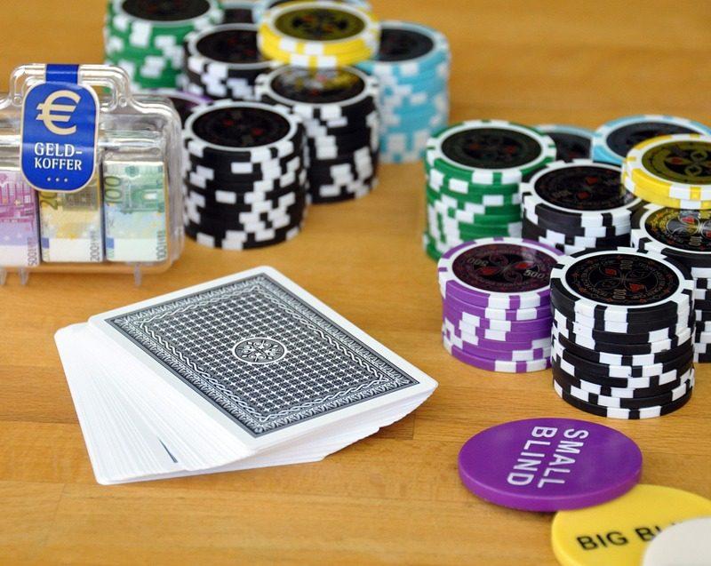 poker online uang asli gratis
